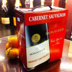 Rượu vang bịch Monastier 3l mang những tinh túy của cuộc sống tích hợp vào hương vị