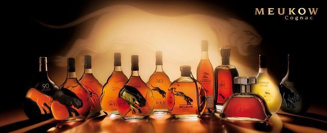 Các dòng rượu Meukow Cognac trên thị trường được bán với nhiều phân khúc giá khác nhau