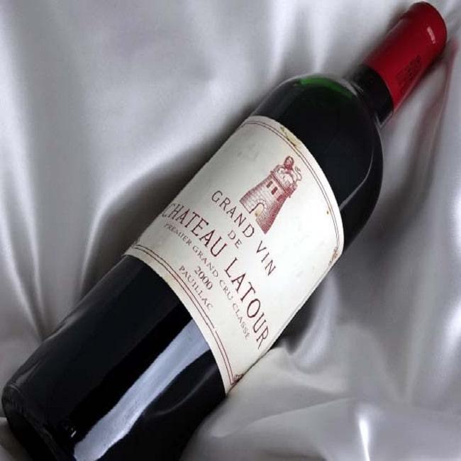 Rượu vang Chateau Latour - loại rượu phân hạng cao nhất trong bảng xếp hạng rượu vang