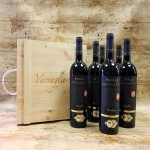 ThưởRượu vang Papale Primitivo di Manduriang thức hương vị đặc biệt của giống nho Primitivo - Ý