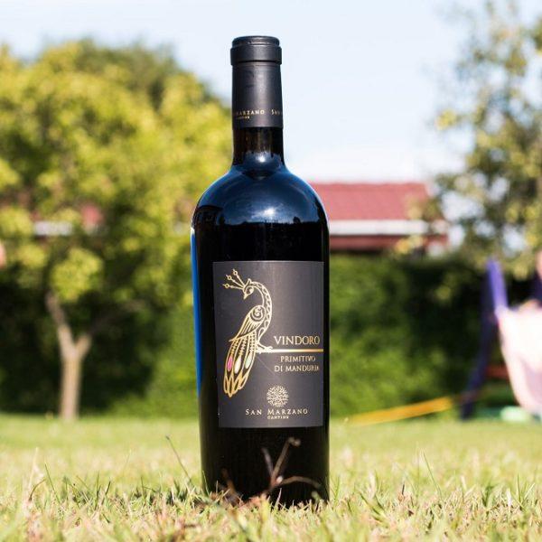 Trải qua công đoạn lên men và ủ rượu kỹ lưỡng trong thời gian dài mới đem ra thị trường rượu vang