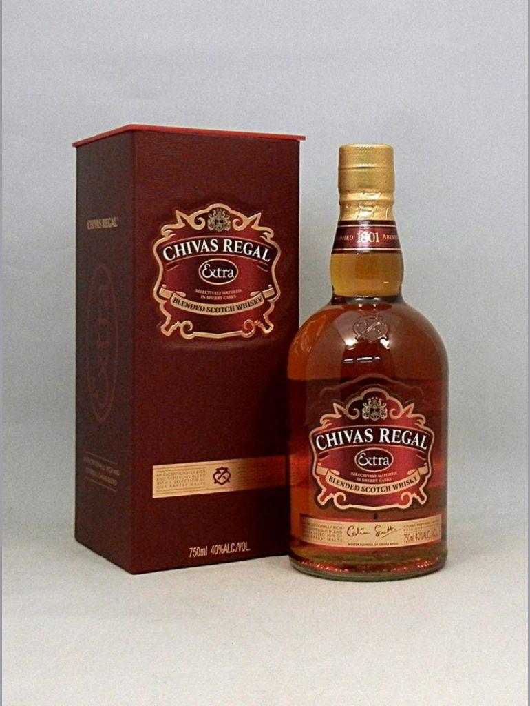 Rượu Chivas Extra