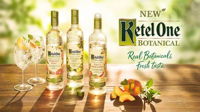 Dòng sản phẩm KETEL ONE Vodka Botanicals mới xuất hiện trên thị trường với giá thành hợp lý được chào đón nồng nhiệt