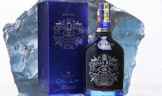 Giá của rượu 18 năm Chivas được phân khúc ra sao?