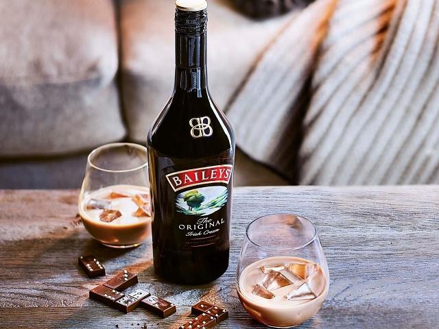 Mức giá nào đưa ra cho một chai Baileys?