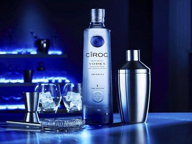 Quá trình chưng cất Vodka Pháp