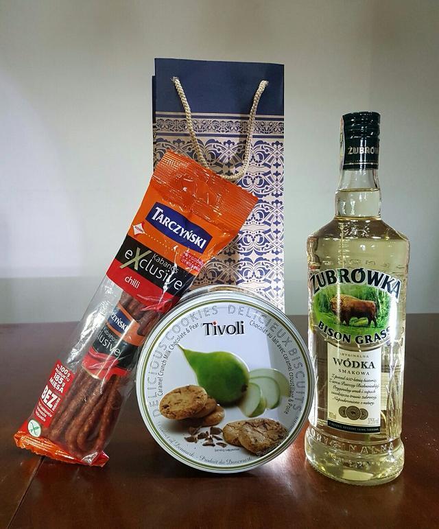 Rượu Vodka Ba Lan hoàn toàn là sự lựa chọn thông minh nhất cho giỏ quà thêm ý nghĩa